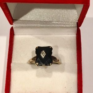 Jewelry - Antique 10K Yellow Gold Onyx & Diamond Ring